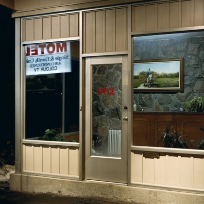 Alec Soth, Riverview Motel, 2005. © Alec Soth, courtesy Fraenkel Gallery, San Francisco