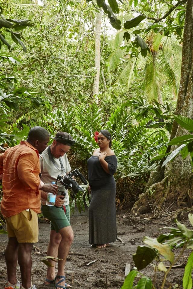 Kehinde Wiley on location filming in Tahiti, 2018 © 2018 Kehinde Wiley