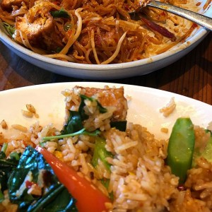 Kimberly Kradel : Imm Vegetarian Thai Fried Rice and Vegetarian Pad Thai